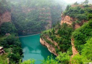 【11月】【青岛成团】太行山水魂通天峡大峡谷 惊险挂壁公路穽底村双卧四日游