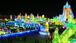 【1月】【哈雪尊贵】东北哈尔滨亚布力5S滑雪场马拉爬犁雪地摩托梦幻家园雪乡5日游